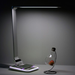 Lampe de bureau LED blanc + RGB avec chargeur à induction