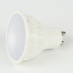 Ampoule GU10 4.5W FIRST Blanc Chaud 120° non dimmable
